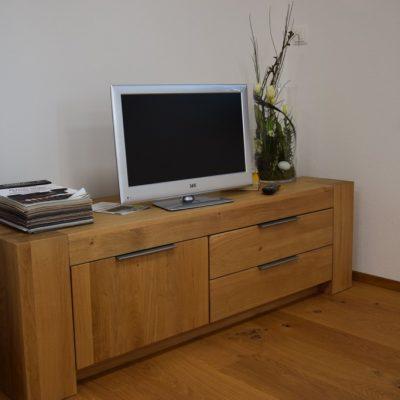 Lowboard / TV-Schrank, Eiche massiv